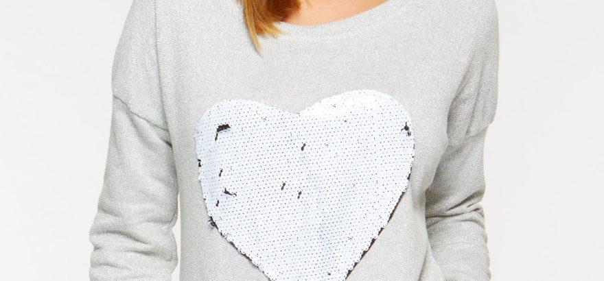 bluza z sercem z cekinami