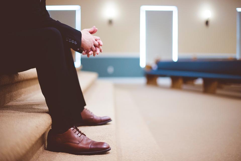brązowe bardzo eleganckie obuwie