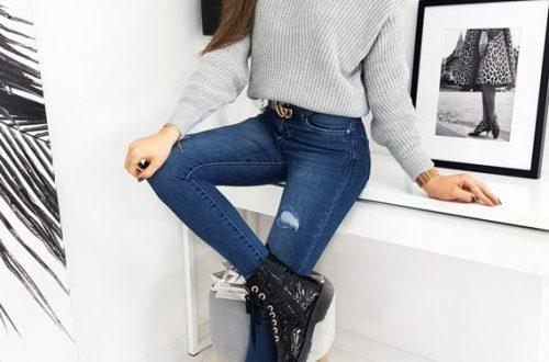stylizacja jeansy + sweter z golfem